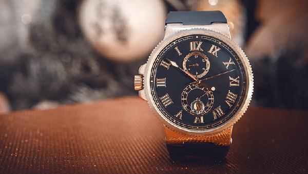 Uhren und Schmuck (EN)